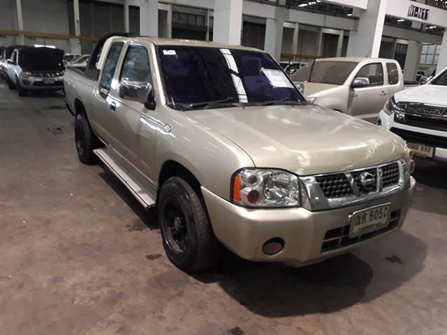 2003 NISSAN FRONTIER CAB